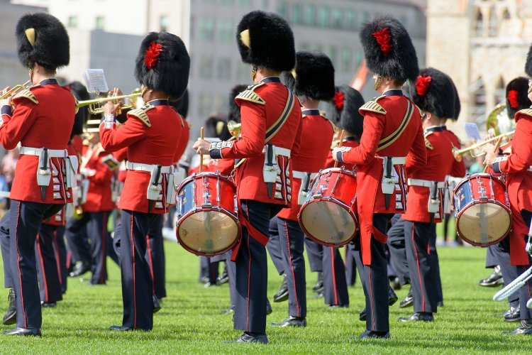 Canadian Red Coats, Ontario