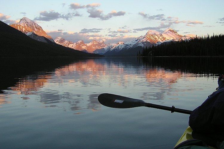 Maligne Lake, Jasper National Park, Alberta (c) Tourism Jasper