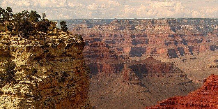 Grand Canyon, West Rim, Arizona (c) AZOT