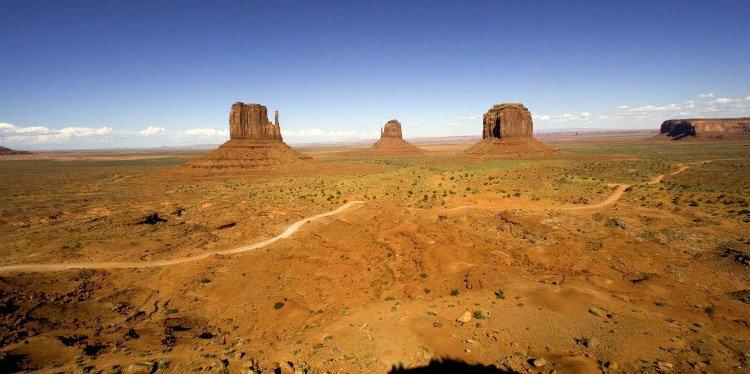 Monument Valley Landscape, Arizona (c) AZOT
